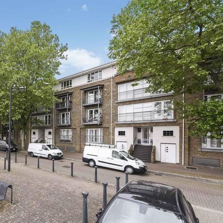 Rent this 1 bed room on Royal Court in Randall Rents, London SE16 7TA