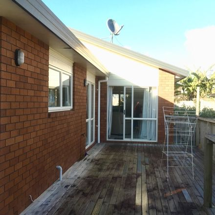 Rent this 1 bed room on 30 Kohekohe Street in Kelston, Whau 0602