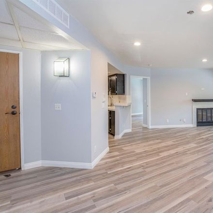Rent this 2 bed condo on 14610 Erwin Street in Los Angeles, CA 91411
