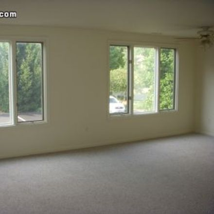 Rent this 1 bed apartment on 95 Dickinson Lane in Mahwah, NJ 07430