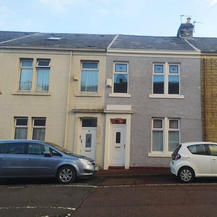 Rent this 3 bed house on Lincoln Street in Gateshead NE8 4EE, United Kingdom