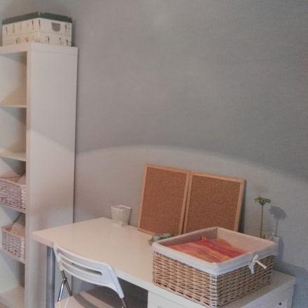 Rent this 1 bed room on Calle Castilla in 75, 41010 Sevilla