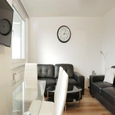 Rent this 1 bed room on Ratcliffe in 1-20 Lipton Road, London E1 0LD