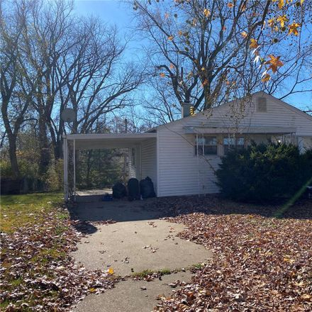 Rent this 3 bed house on 150 Monteith Circle in Glasgow Village, MO 63137