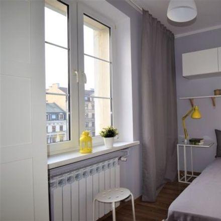 Rent this 5 bed room on Targowa 70 in 03-405 Warszawa, Polska
