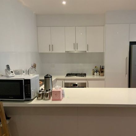 Rent this 3 bed townhouse on 1/10 Newbigin Street