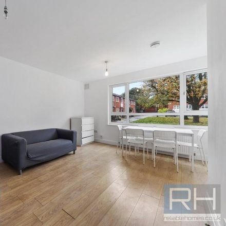 Rent this 5 bed room on Birchmore Walk in London N5 2TJ, United Kingdom