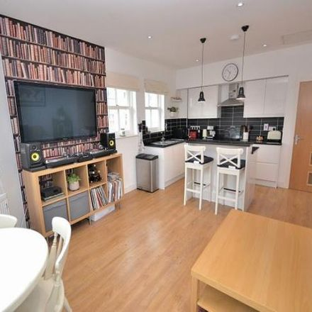 Rent this 2 bed apartment on The Park in Station Road, Linslade LU7 2AS