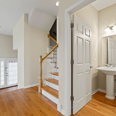 Rent this 3 bed townhouse on 12 Park Avenue in River Forest, IL 60305