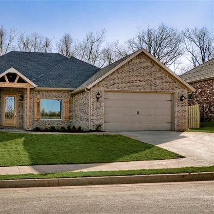 Rent this 4 bed house on E Sweetbriar Dr in Fayetteville, AR