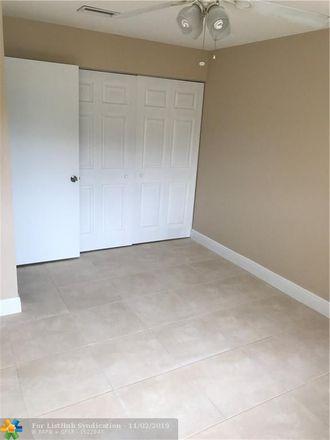 Rent this 3 bed condo on 7175 Nova Drive in Davie, FL 33317