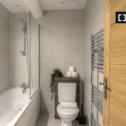 Rent this 2 bed apartment on 10 Selby Square in London W10 4AP, United Kingdom