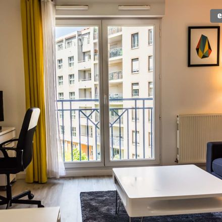 Rent this 1 bed apartment on Avenue Lacassagne in 69003 Lyon, France