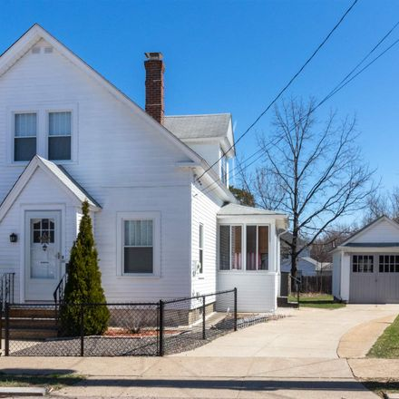 Rent this 3 bed house on 66 Sawyer Street in Nashua, NH 03060