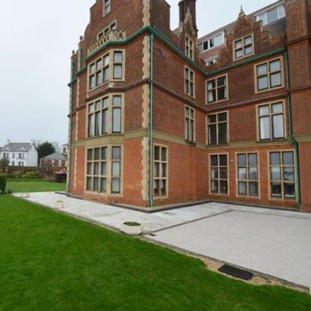 Rent this 2 bed apartment on Cambridge Road in Felixstowe IP11 7HB, United Kingdom
