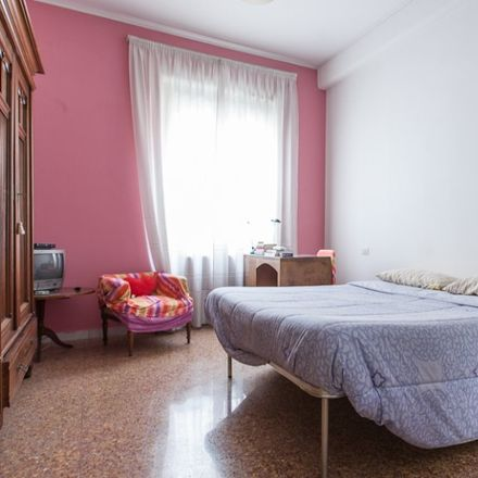 Rent this 4 bed room on Accademia Guardia di Finanza in Via Pisa, 00162 Rome RM