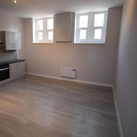 Rent this 1 bed loft on Star Burger in 64 Waterloo Street, East Staffordshire DE14 2NB