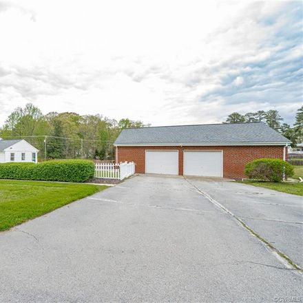 Rent this 3 bed house on 8340 Ellerson Farm Drive in Mechanicsville, VA 23111