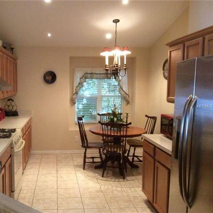Rent this 2 bed house on Beebalm Cir in Bradenton, FL