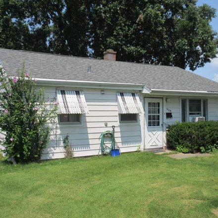 Rent this 3 bed house on 620 Hawthorne Place in Keokuk, IA 52632
