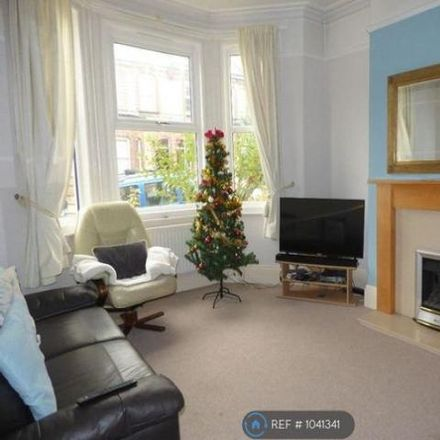 Rent this 5 bed house on 82 Park Road in Exeter EX1 2HT, United Kingdom