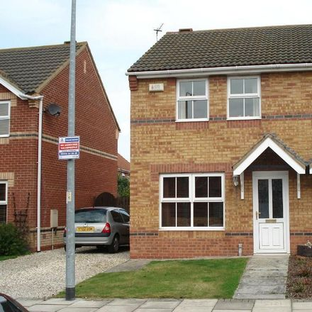 Rent this 3 bed house on St Catherines Court in Bradley DN34 5UX, United Kingdom