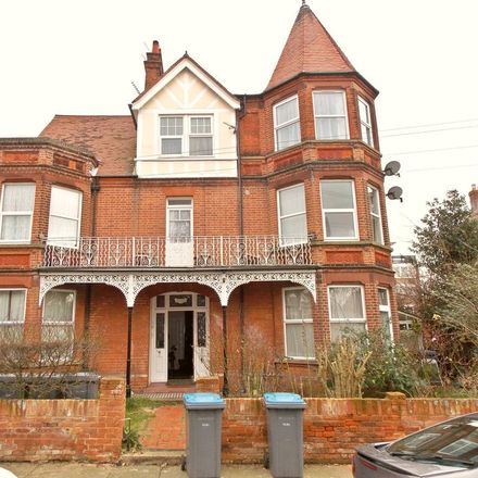 Rent this 1 bed apartment on Queens Road in Felixstowe IP11 7QT, United Kingdom