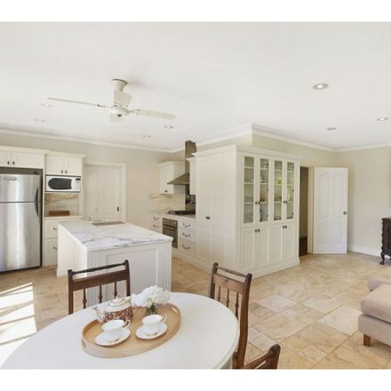 Rent this 5 bed house on 12 Napier Street
