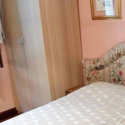 Rent this 4 bed room on Calle Marcelino Oreja / Marcelino Oreja kalea in 5, 48010 Bilbao
