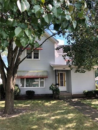 Rent this 3 bed house on 416 East 4th Street in Dover, OH 44622