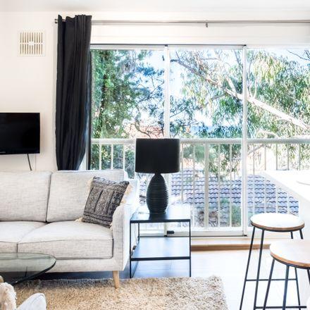Rent this 2 bed apartment on 5/331 Bondi Road