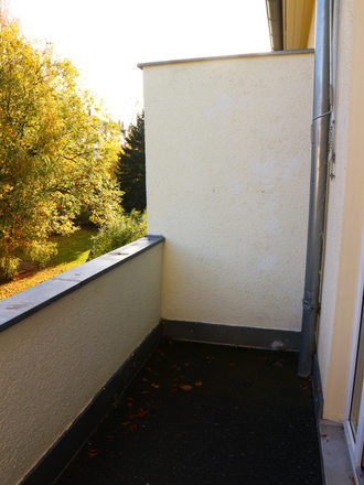 Rent this 2 bed apartment on Zeißstraße 54 in 09131 Chemnitz, Germany