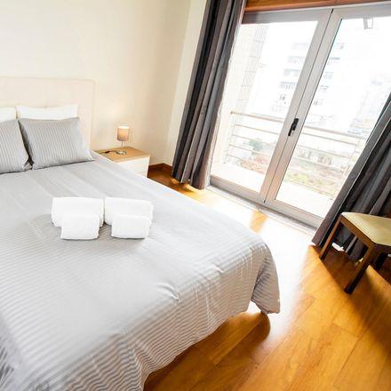 Rent this 1 bed apartment on Paukar Restaurante in Rua de São Sebastião, 3810-187 Glória e Vera Cruz