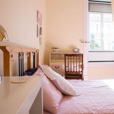 Rent this 2 bed apartment on Solar Minhoto in Rua da Penha de França 151, 1170-028 Lisbon
