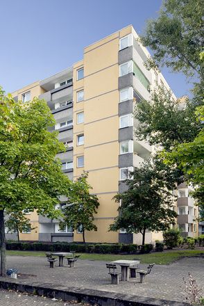 Rent this 3 bed apartment on Eiderstraße 25 in 38120 Brunswick, Germany