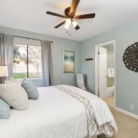 Rent this 3 bed condo on Maywood Lane in Martinez, CA 94553