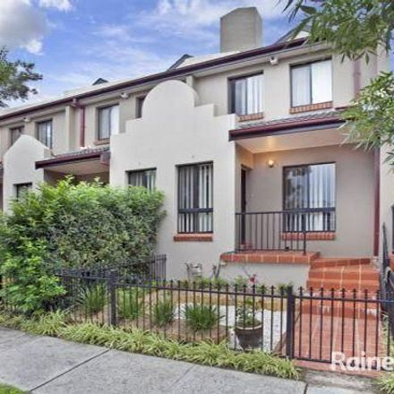 Rent this 3 bed townhouse on 8/82 Macarthur Street