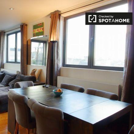 Rent this 3 bed apartment on Avenue Louise - Louizalaan 205 in 1000 Ville de Bruxelles - Stad Brussel, Belgium