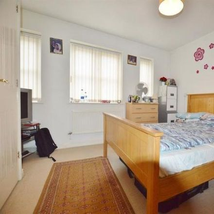 Rent this 3 bed house on Payne Close in London IG11 9PL, United Kingdom