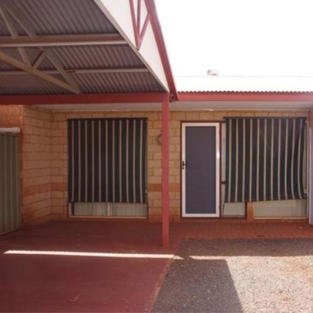 Rent this 2 bed house on 27/1 Cowra Drive
