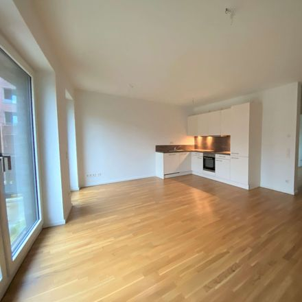 Rent this 3 bed apartment on Stahltwiete 17b in 22761 Hamburg, Germany