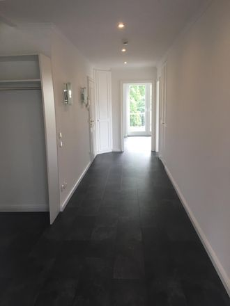 Rent this 3 bed duplex on Grothwisch 21a in 22457 Hamburg, Germany