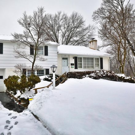 Rent this 3 bed house on 167 Lookout Lane in Upper Moreland Township, PA 19090