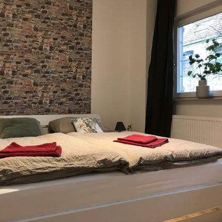 Rent this 4 bed apartment on Humboldtstraße 151 in 28203 Bremen, Germany