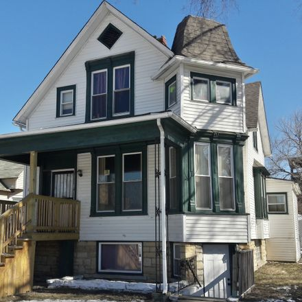 Rent this 5 bed house on 11213 South Edbrooke Avenue in Chicago, IL 60628