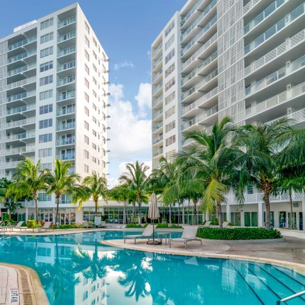 Rent this 1 bed apartment on Southgate Towers South in 900 West Avenue, Miami Beach