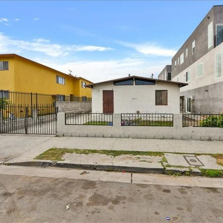 Rent this 3 bed duplex on 1853 South Longwood Avenue in Los Angeles, CA 90019