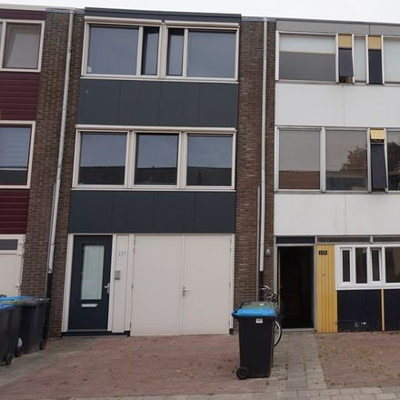 Rent this 0 bed apartment on Hanenberglanden in 7542 EX Enschede, The Netherlands
