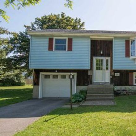 Rent this 3 bed apartment on 20 Hope Street in Burlington, VT 05405