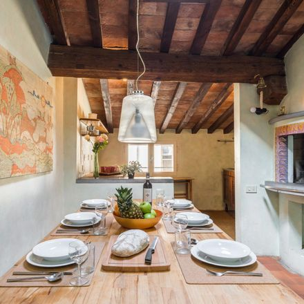 Rent this 4 bed apartment on Borgo de' Greci in 18, 50122 Florence Florence